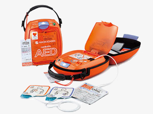 AED(自動体外型除細動器)